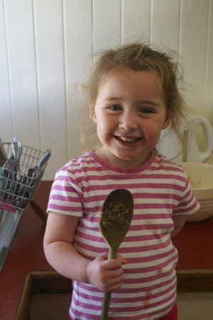 Ella with spoon 2