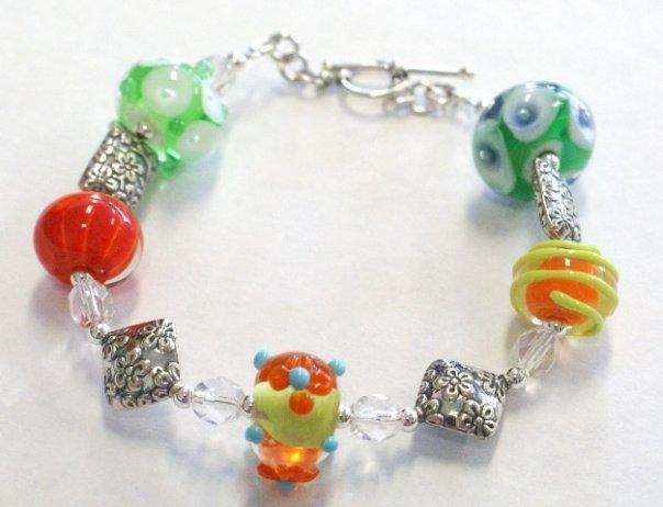 Giveaway bracelet nov