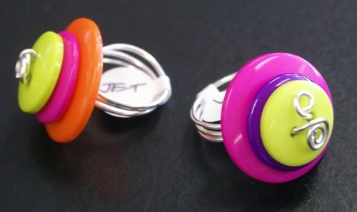 Button Jewellery 004